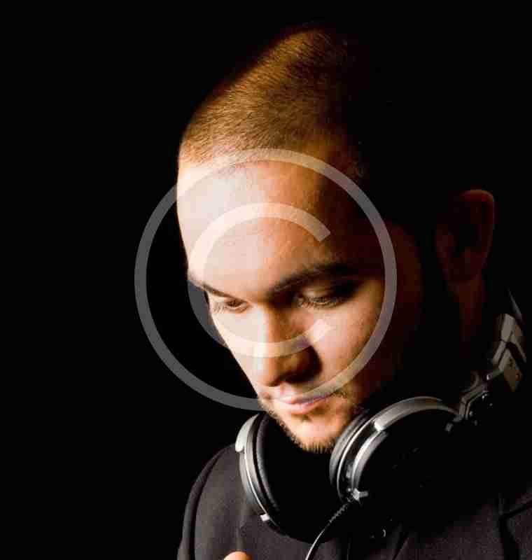 DJ Andy Luxx